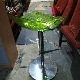 Frovi Designer Stool – green