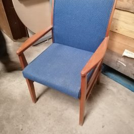 Cherry Framed Meeting Chair with Arms, Blue Fabric