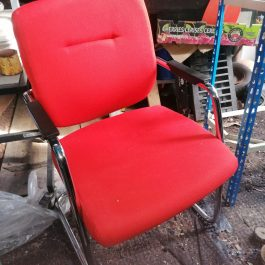 MOBIL CANTILEVER MEETING CHAIR WITH ARMS