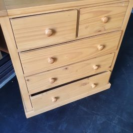 CHEST OF DRAWERS – LIGHT WOOD